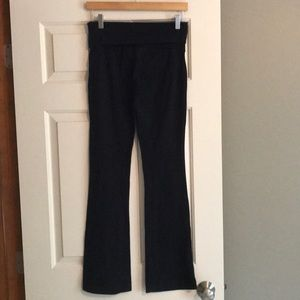 SO Skinny Boot  Black Yoga Pant - Size Small
